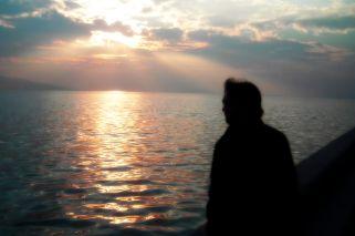 silouette_ocean_horizon.jpg