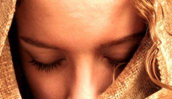 christian_woman_praying.jpg