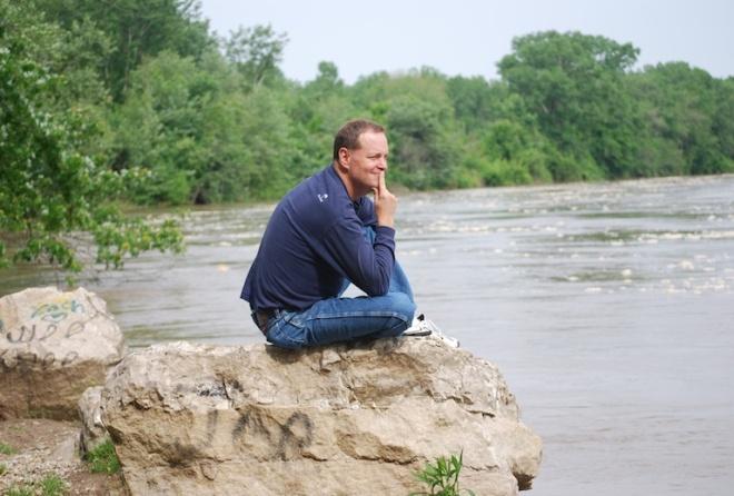 ray_pondering_rock_river_2013