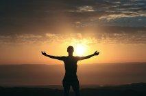 woman_morning_sunrise_silhouette