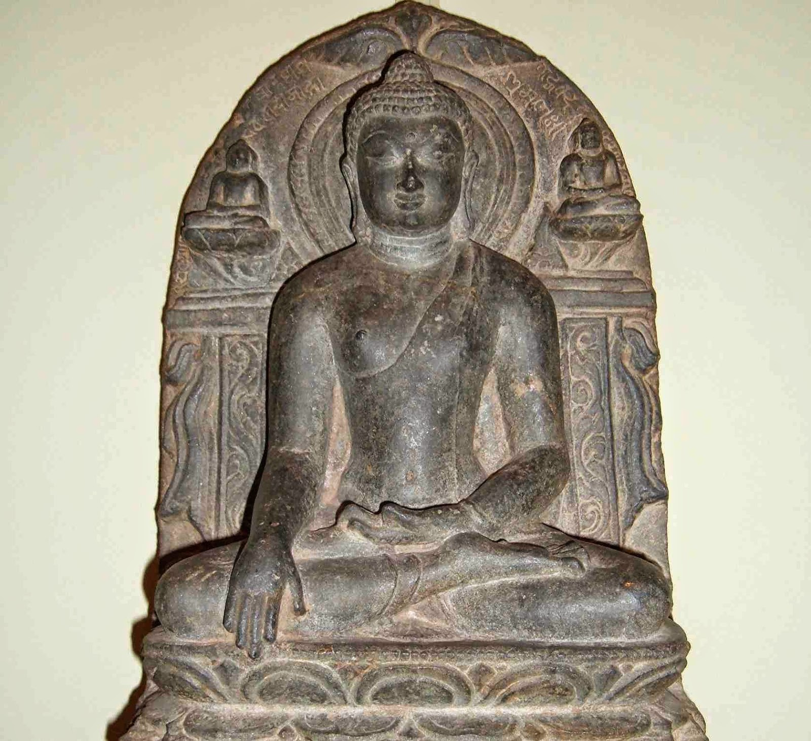 buddha_earth_witness_mudra